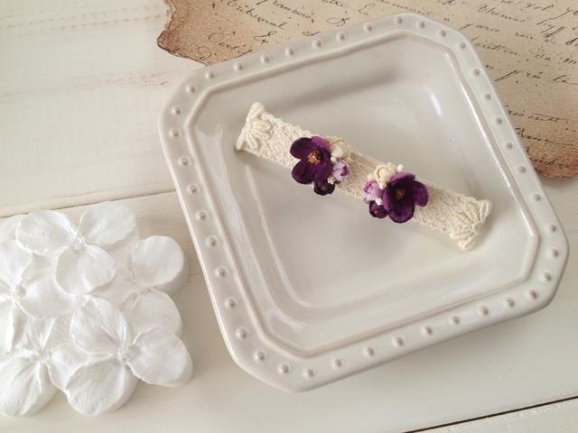 染め花の小花と蕾のピアスA(赤紫)