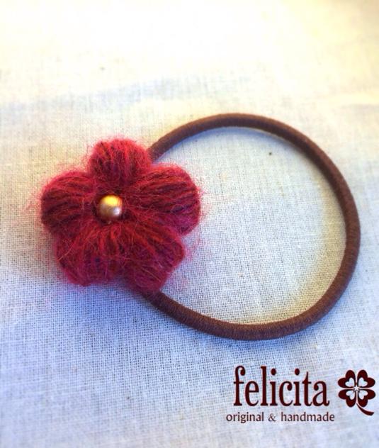 ぷっくり編みのお花ヘアゴム
