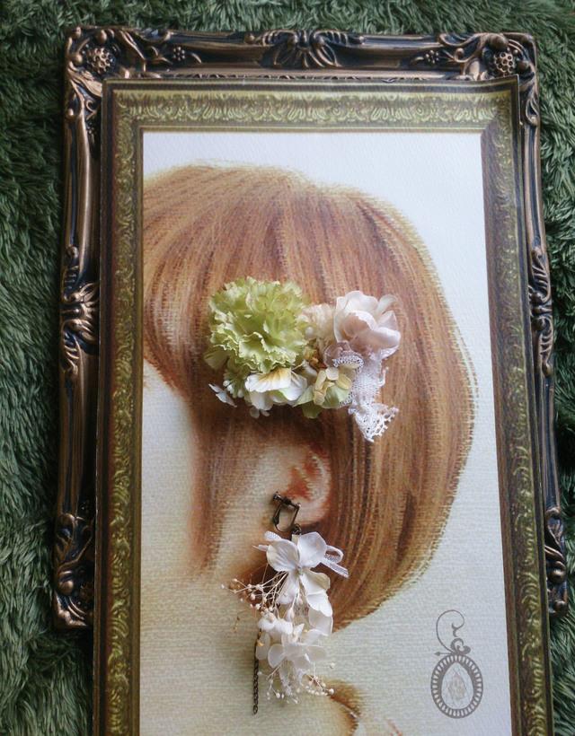 花の片耳イヤリングとうすみどりのヘア...