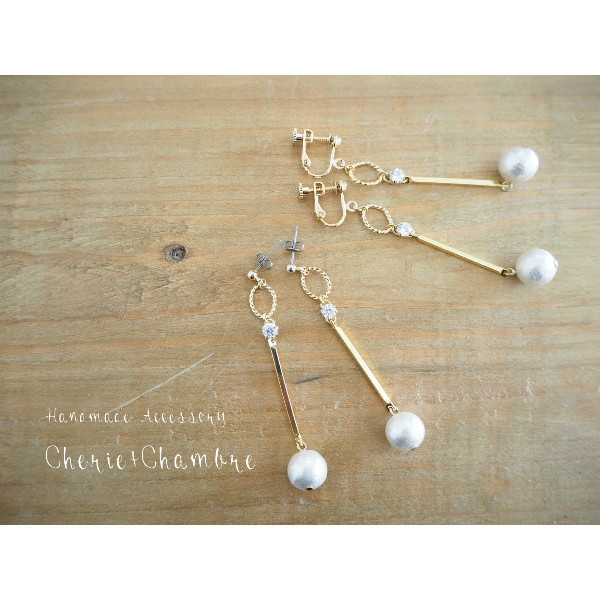 Zirconia×Metal Stick Pierce&Earring