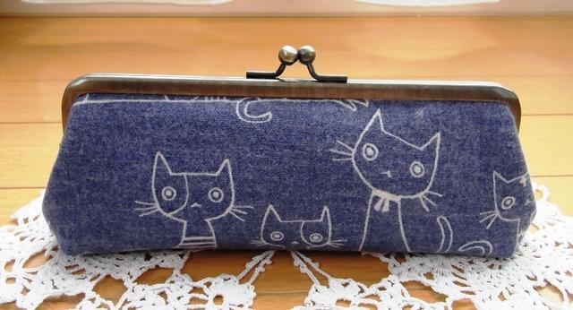 あったか猫さんのペン・メガネケース*ブルー