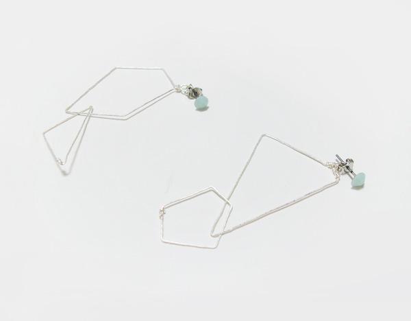(再販)スワロと多角形のワイヤーピアス