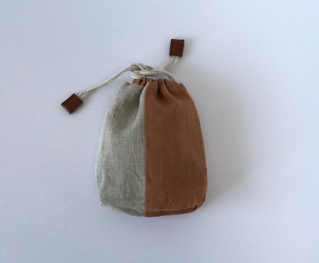 リネンの巾着(beige×brown)