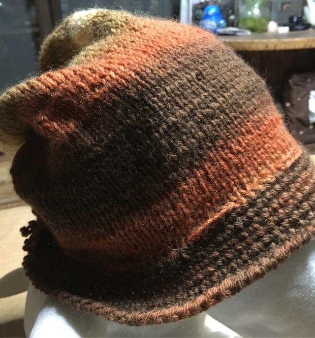 カラフルな帽子