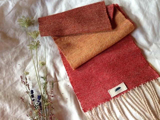 手織り リトアニアリウール 綺麗なグラデーション