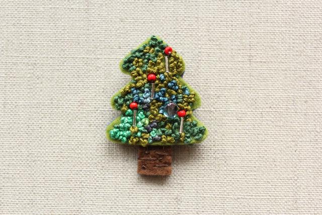 クリスマスツリーのブローチ silver candle