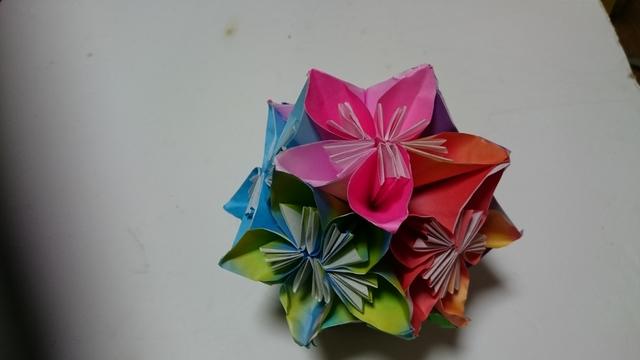 折り紙くす玉(色指定オーダー受付)