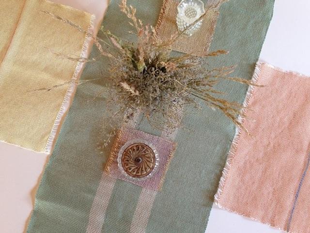 手織り 光沢のあるラミー糸(麻) テーブルランナー