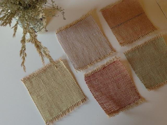 手織り リネンのドイリー レッド