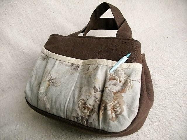 バラ模様&モカリネンのコロンと丸いバッグ