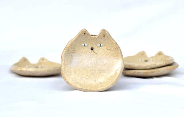 ゆき猫の小皿 ver.2