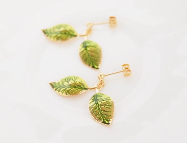 Green Leafピアス