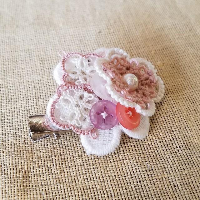 お花とボタンの2wayブローチ