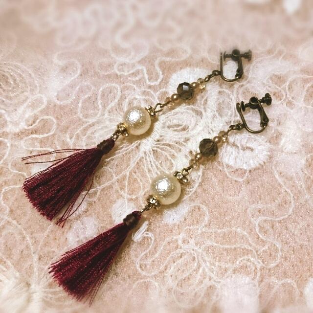 秋色タッセルとパールビーズのイヤリング