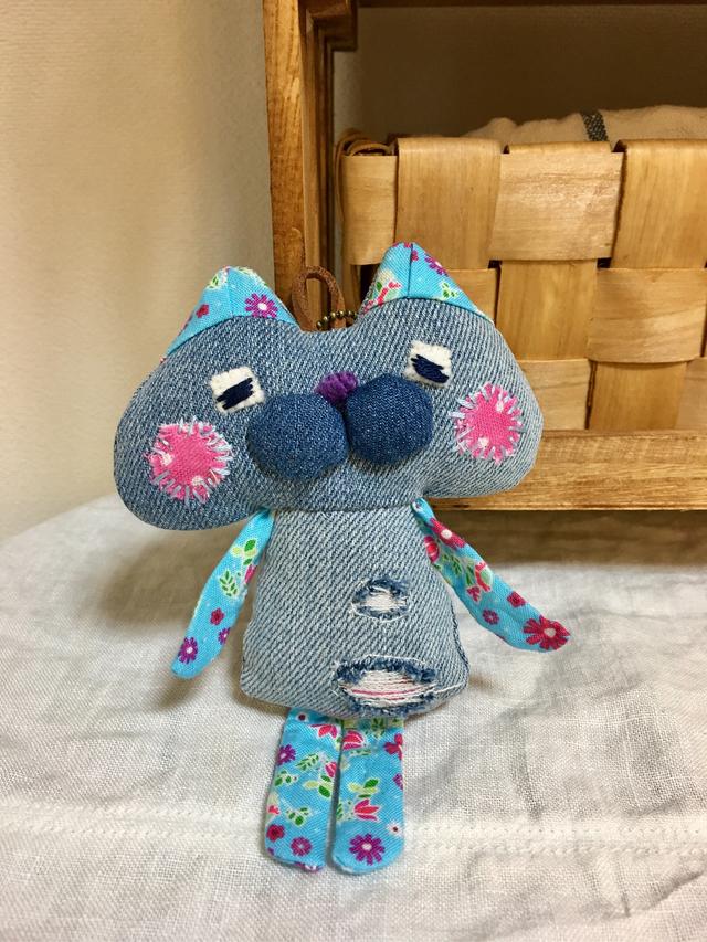 ネコやんバッグチャーム-15(しっぽ付き)
