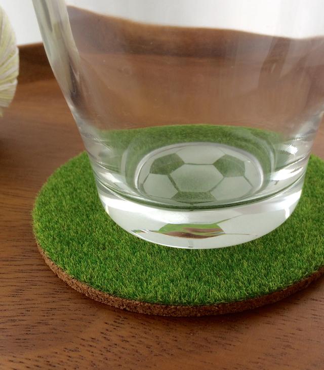 サッカーボールのグラス(芝生コースター付)【受注制作】