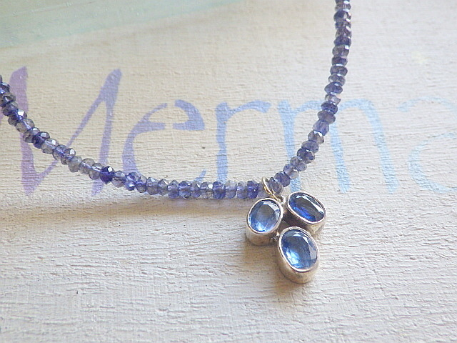 Iolite Delight Necklace 9月の誕生石...