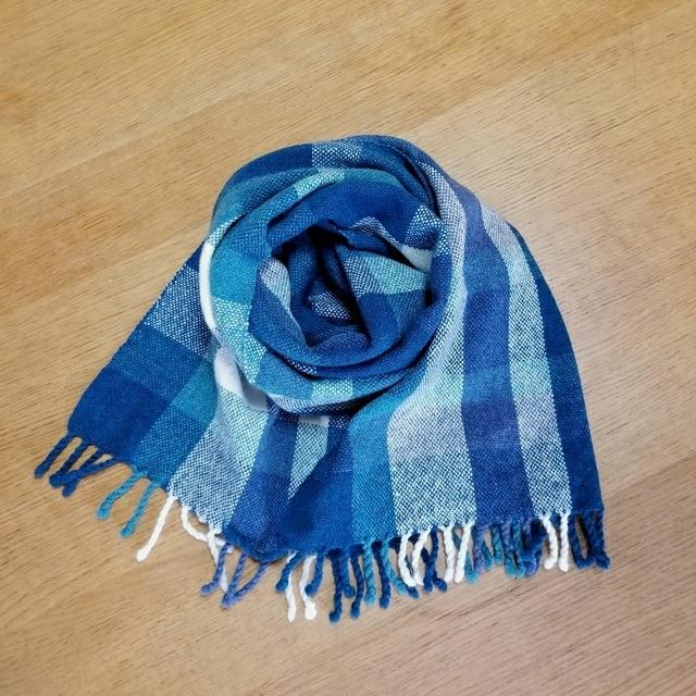 手織りマフラー ブルースクエア