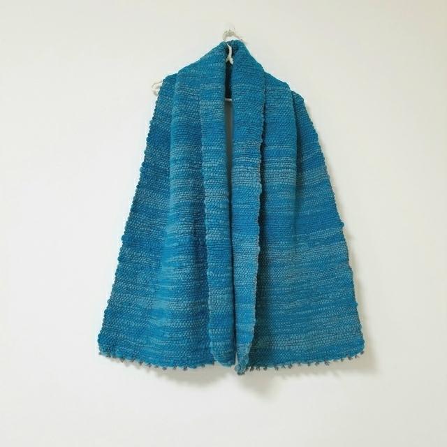 手紡ぎ糸の手織りショール ポコポコブルー