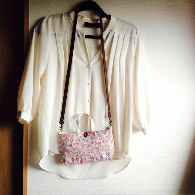 fille YUWAのバッグinバッグ(ショルダー付)