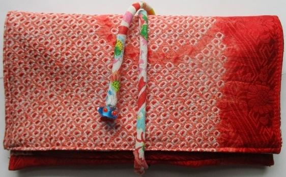 送料無料 絞りの羽織で作った和風財布...