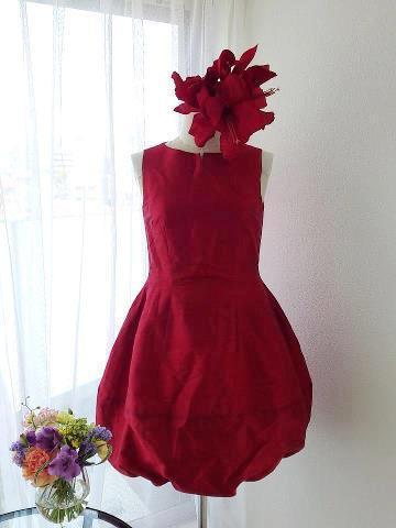 ◆赤いシルクのドレス