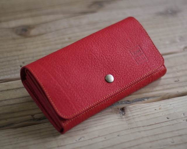 革の長財布 Long Wallet / square cut / Red