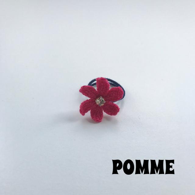 刺繍糸でできたお花のリング(ピンク)