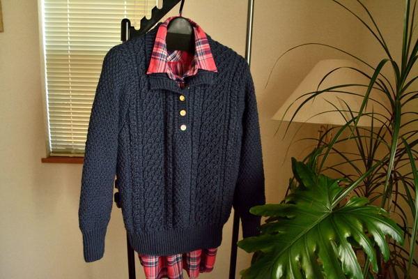 ウール100%手編みアラン模様婦人セーター (送料込み価格)