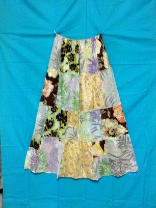 6種の花柄のパッチワークティアードロングスカート