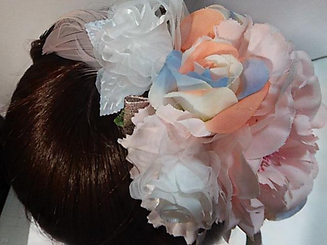 ~送料無料!大きいピンクのお花とパステルカラーのカチューシャ