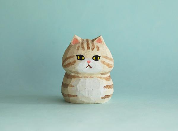木彫り人形ネコ クリームトラ  [MWF-083]