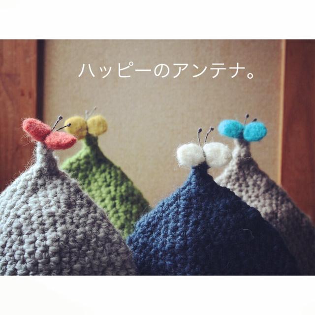 kids とんがり帽  (蝶々つき)