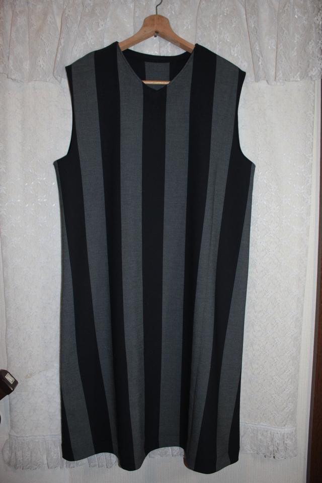 ストライプのジャンパースカート*V