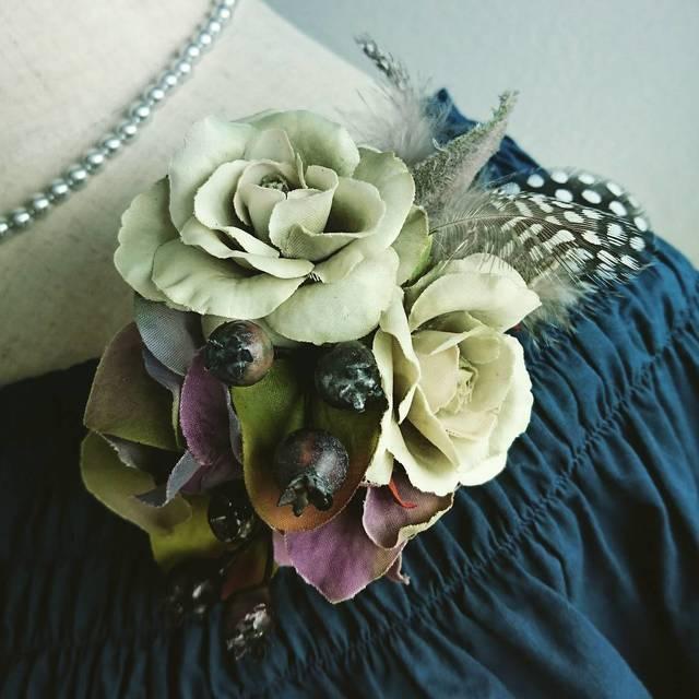 antique color corsage (オリーブ×パープル)
