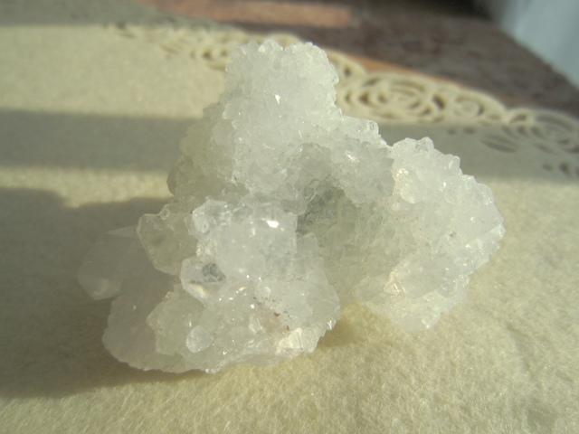 アポフィライト 原石