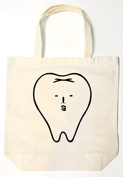 歯のトートバッグ