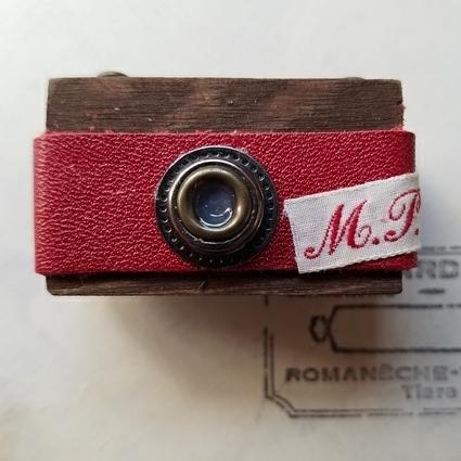ミニカメラマグネットRED*イニシャル