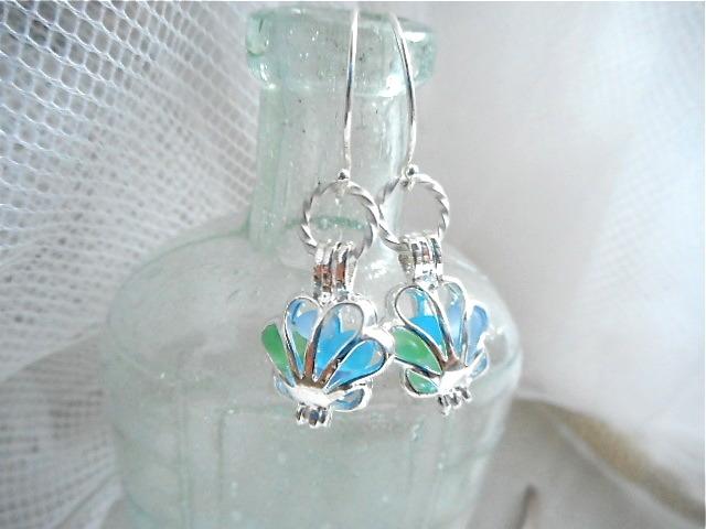 ☆再販☆ Sea glass in shell earrings Silver 925