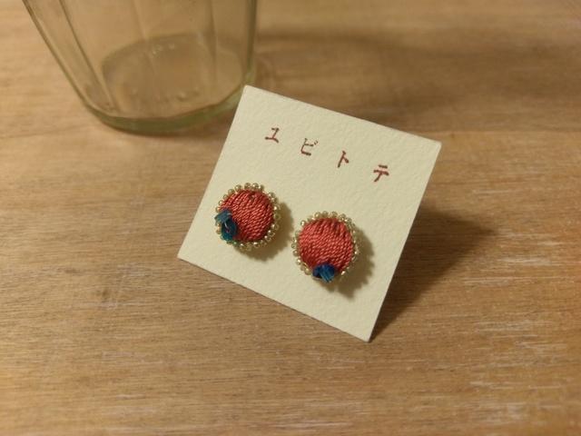 絹糸宝石のピアス*red