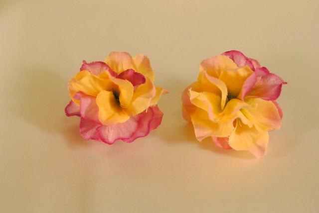 まんまる紫陽花ピアス