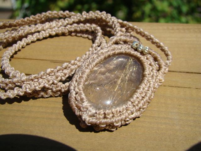 天然石 ゴールドルチルクォーツ編みネックレス