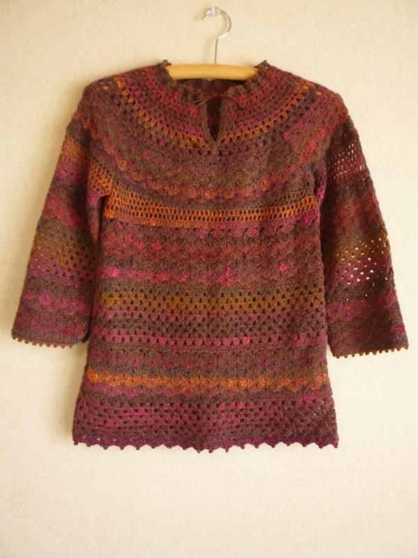 かぎ針編み 丸ヨークセーター