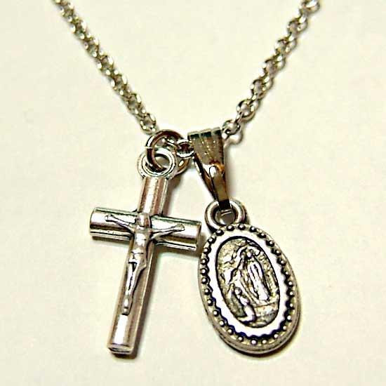 メダル&クロス十字架ネックレスペンダント