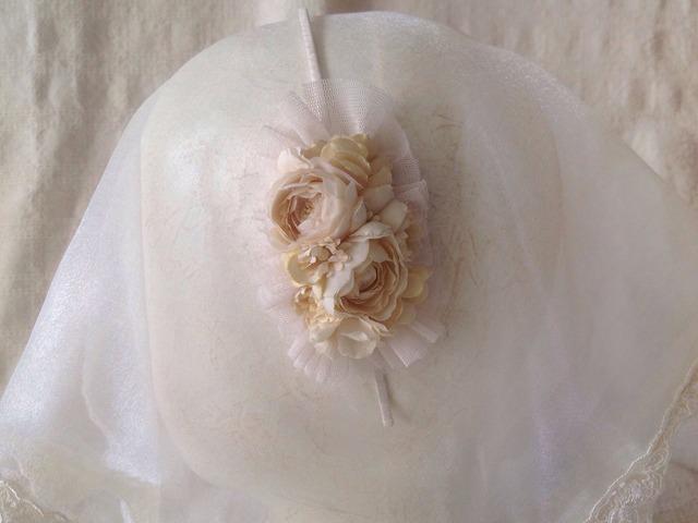 染め花のカチューシャ(オフホワイト)