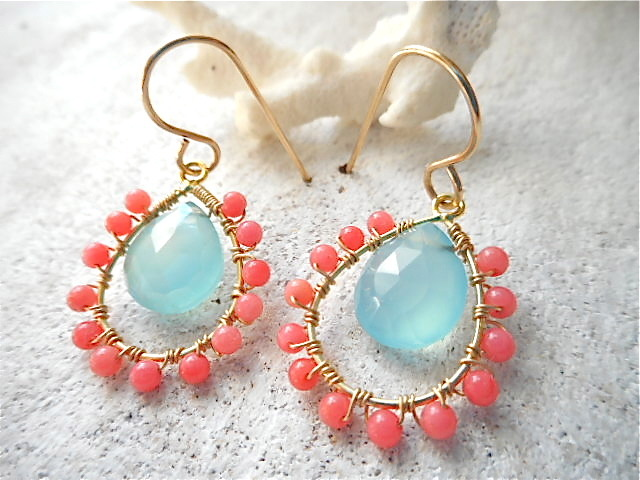 Sea Chalcedony and Coral 14kgfピアス