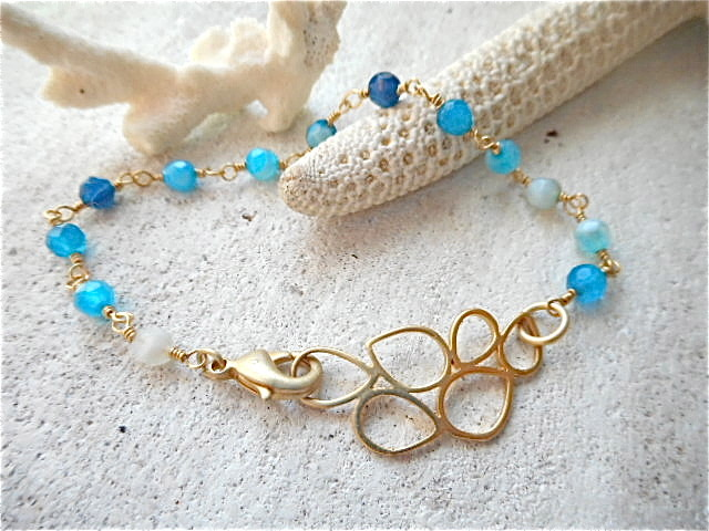 Bubble in the sea bracelet