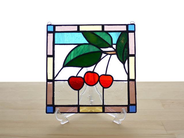 ステンドグラスパネル サクランボ Mサイズ