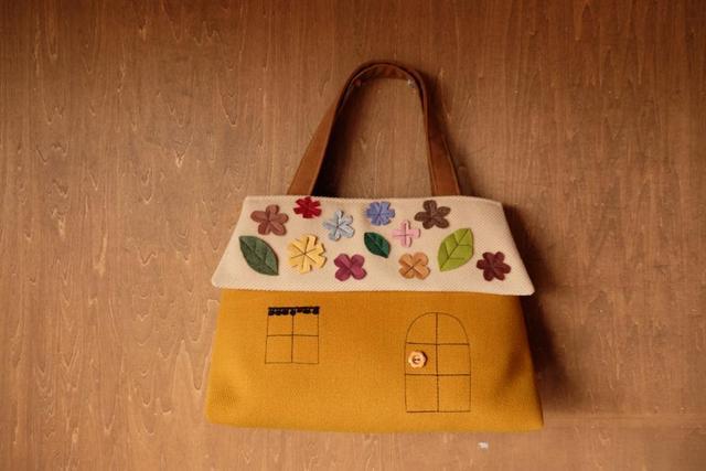 ouchi-bag L  フェルトフラワーマスタード