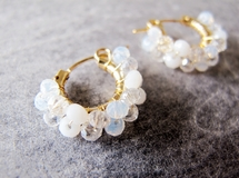 14KGF *white crystal gradation* 粉雪 フープピアス